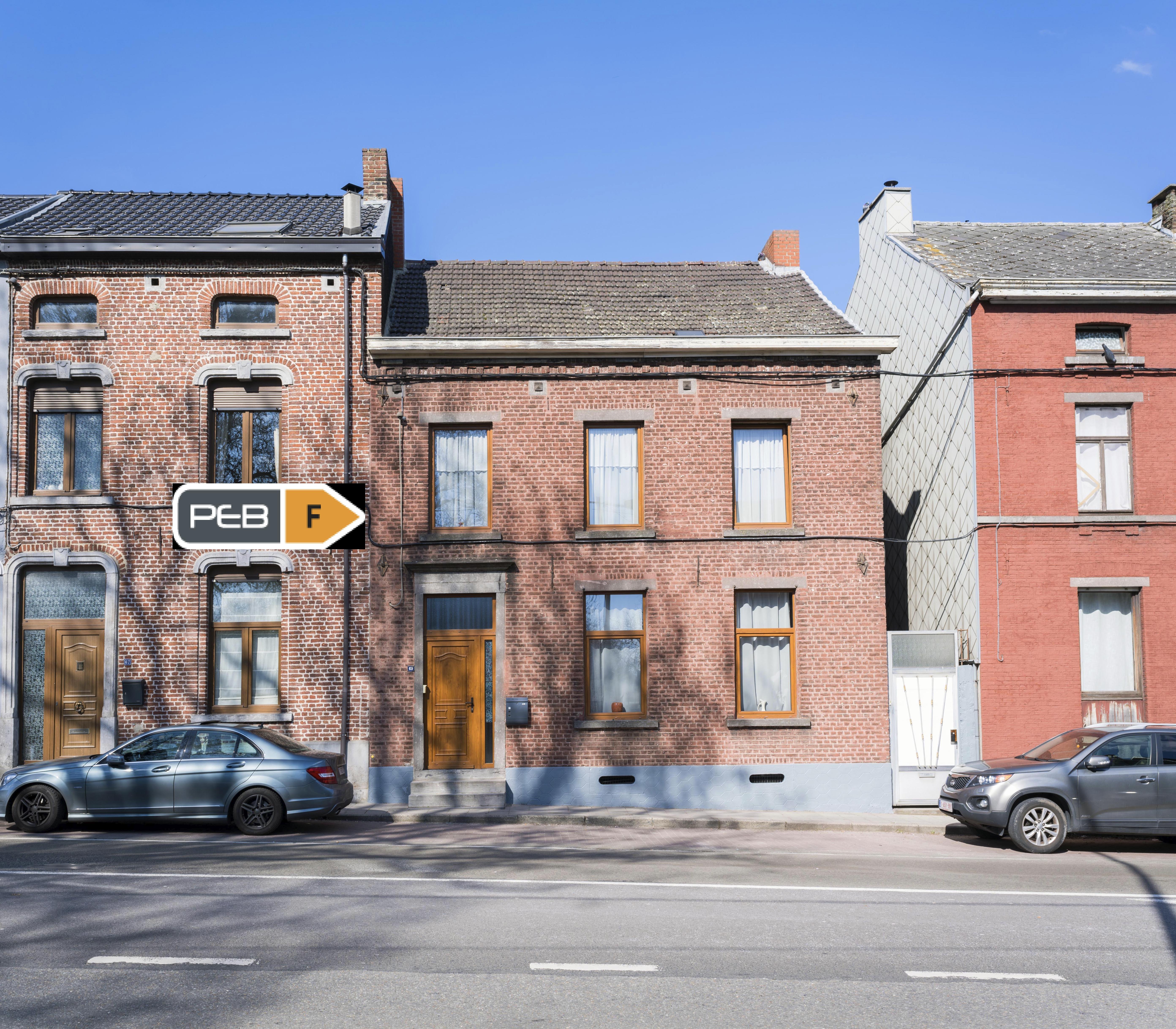 Belle grande maison + terrain à bâtir sur Lodelinsart