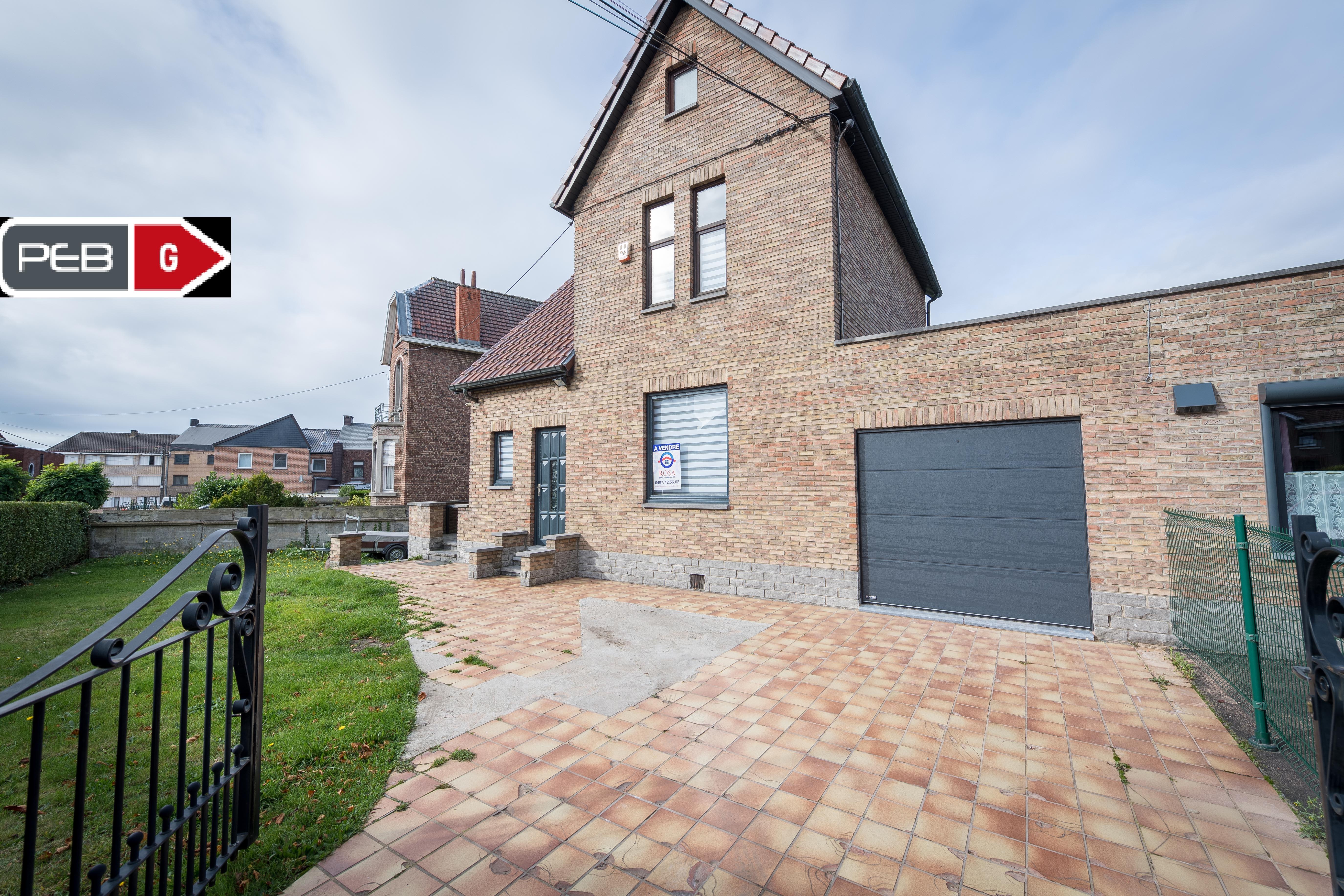 Maison 3 façades + garage sur Chapelle-Lez-Herlaimont